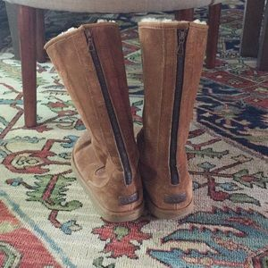 UGG Shoes - Tall UGG boots! Chestnut color.